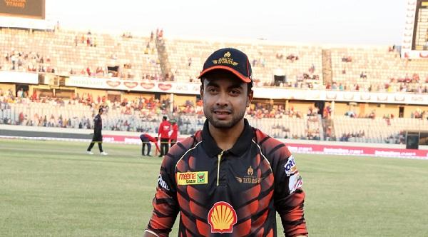 বাংলাদেশ জাতীয় ক্রিকেট দলের বোলার আবু জায়েদ রাহি